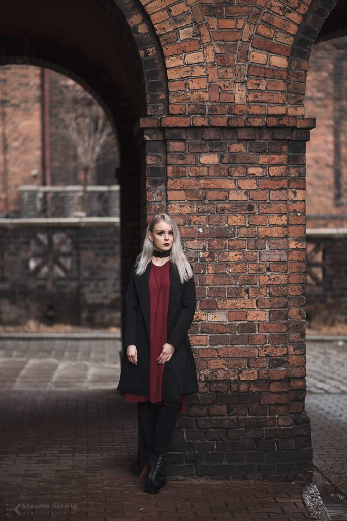 Kobieca sesja zdjęciowa na Nikiszowcu w Katowicach